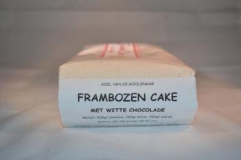 Frambozen cake met witte chocolade 1 kg