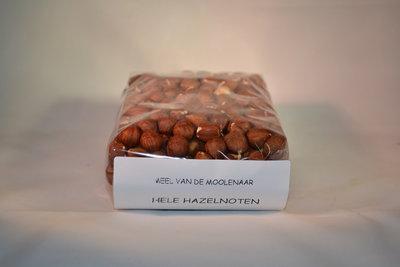 Hele hazelnoten met vlies 500 gram